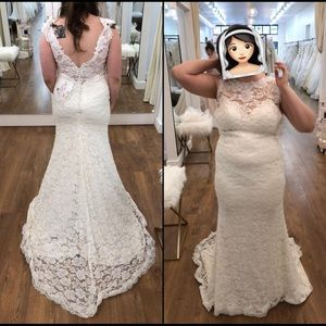 Essence of Australia Ivory Lace Gown